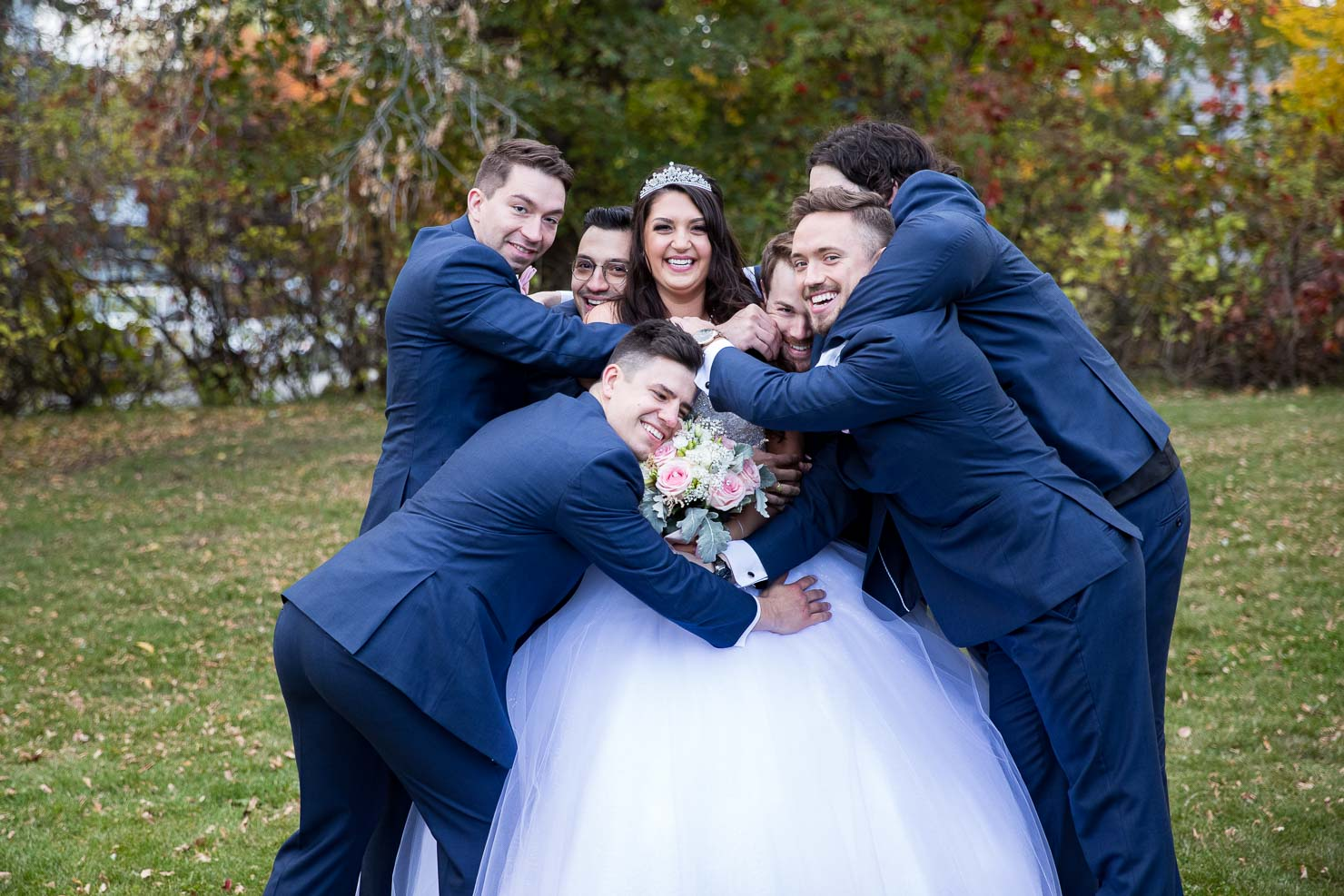 wedding, bride, groomsmen, wedding, sudbury wedding, akaiserphoto, wedding photographer