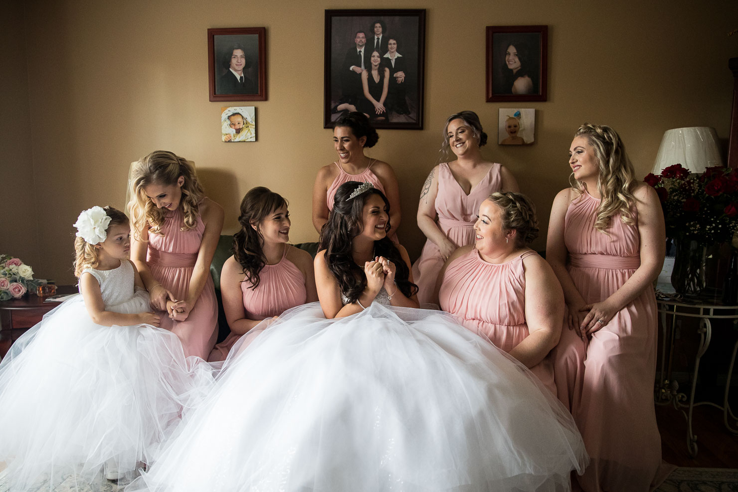 bride, bridesmaids, wedding, sudbury wedding, akaiserphoto, wedding photographer