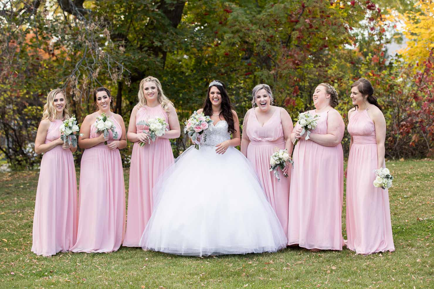 wedding, bride, bridesmaids, wedding, sudbury wedding, akaiserphoto, wedding photographer