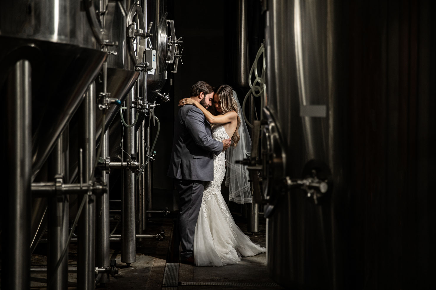 Bride, Groom, Wedding, Wedding Photo, akaiserphoto, Stack brewing, wedding photographer, sudbury photographer