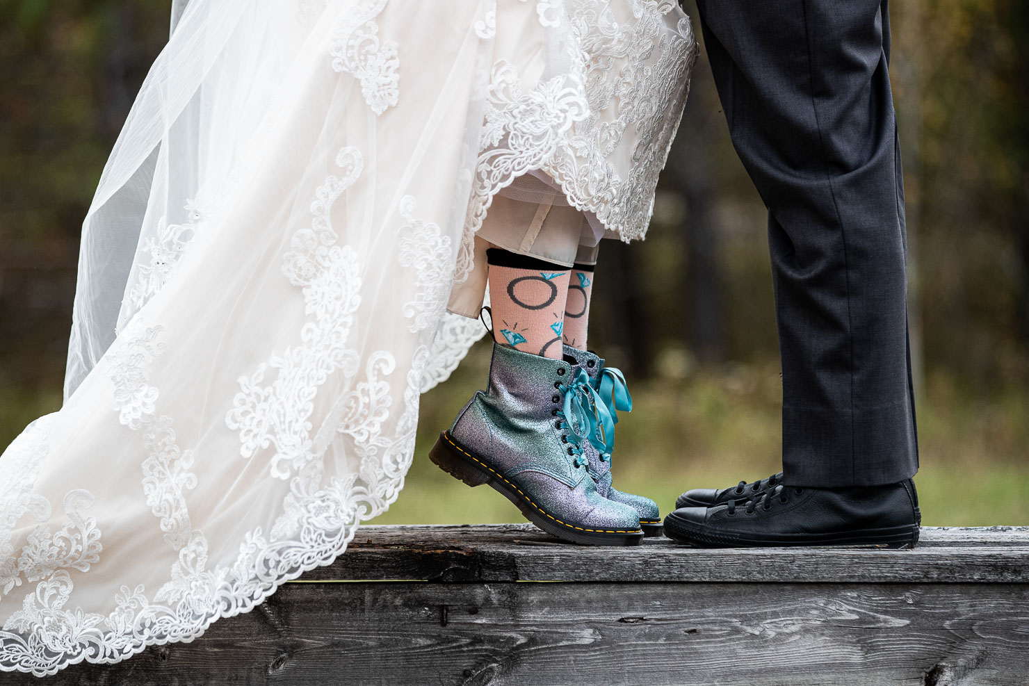 Cool shoes, Bride and groom, akaiserphoto, wedding photographer, sudbury