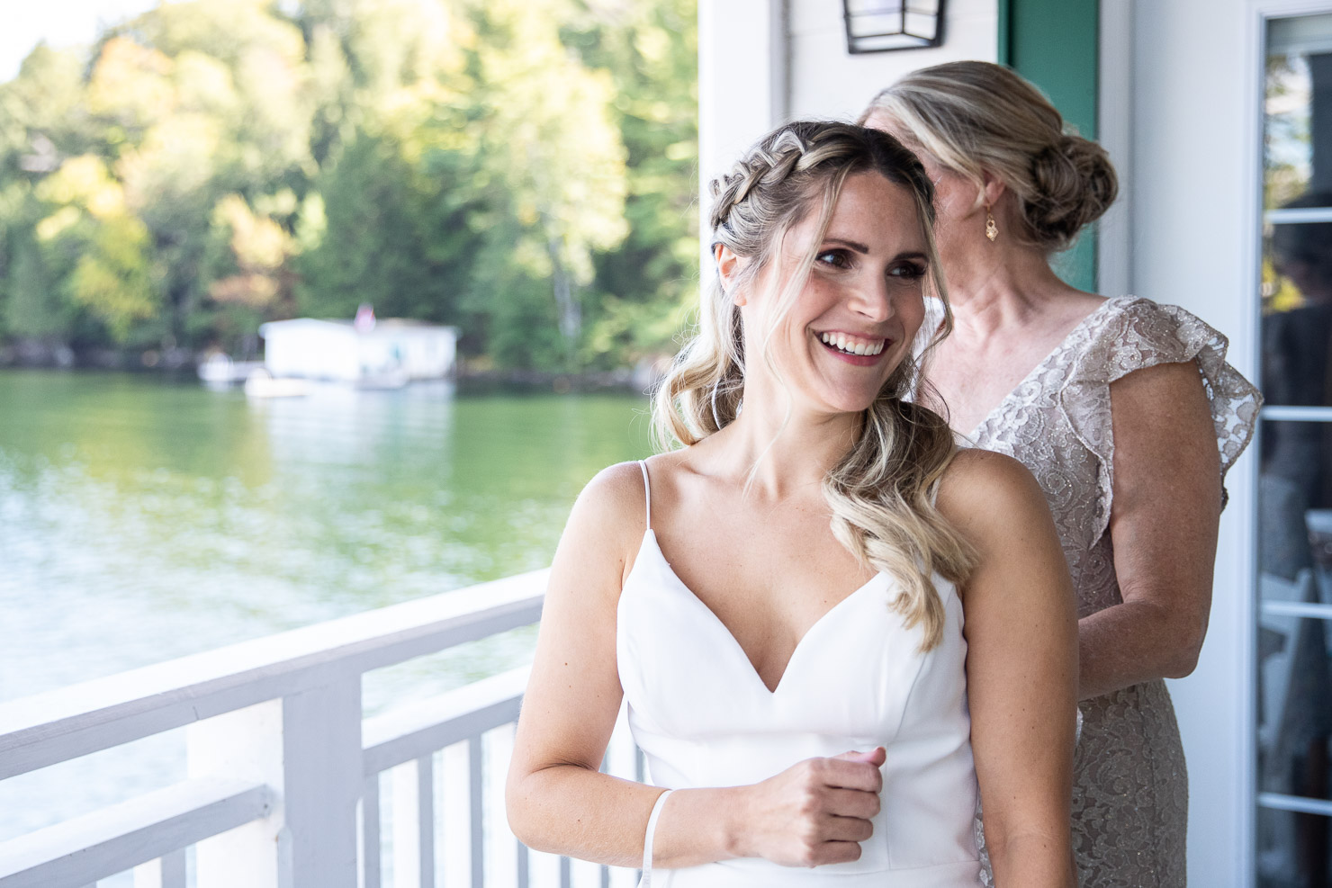 Bride, Wedding, Wedding Photo, akaiserphoto, Sherwood Inn, wedding photographer, sudbury photographer, muskoka wedding, details